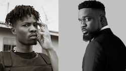 Kwesi Arthur bashes critics; says it's 'nkwasiasem' to say Sarkodie takes the shine off young talents