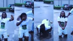 Sumsum Ahuofedua: Actor kneels in muddy water to beg for Wale, MDK publicly (video)