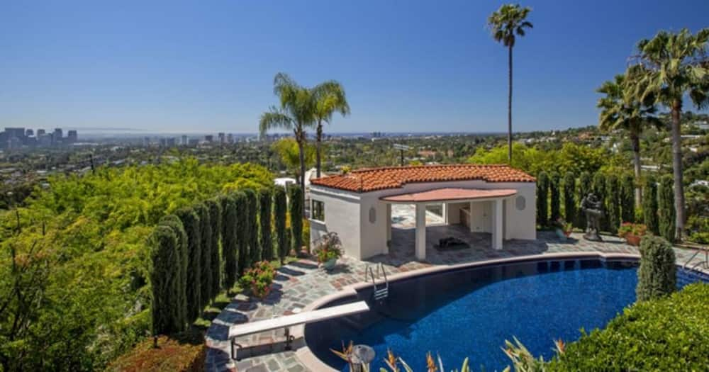 A look inside Lebron James's exquisite newly purchased Beverly Hills mansion previously owned by soap opera legend