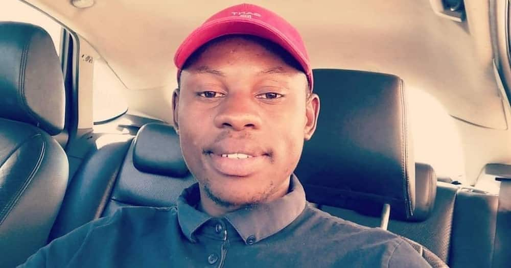 Mid-month blessing: Man reveals cash stash found in car, Mzansi has questions