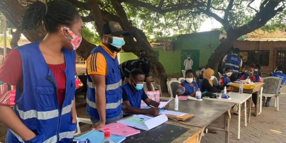 Ghanaians blast Electoral Commission; say short code to verify voters ID is not working