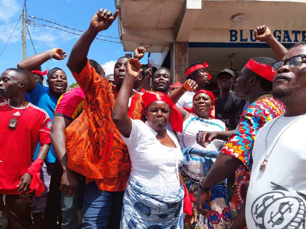 Protests brew at Odododiodio over suspected removal of Accra Mayor