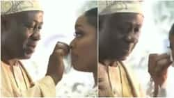So beautiful: Bride's father warms hearts online as he displays affection towards daughter, wipes her tears