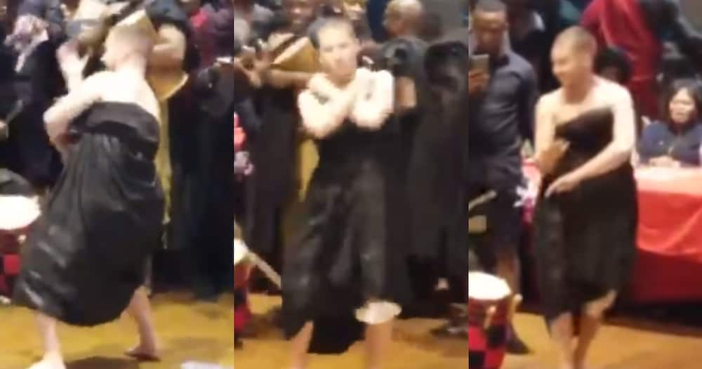 Obroni wows many as he Displays his'Adowa' Dance Moves