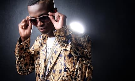 King Monada - Malwedhe with lyrics watch and download