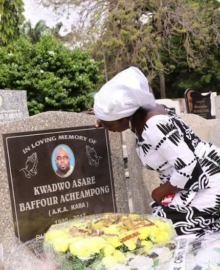 Family of late KABA visited grave of the ace broadcaster to commemorate first anniversary after his demise