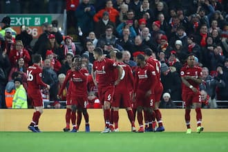 Liverpool thrash Man United 3-1 to return to the summit of the league table