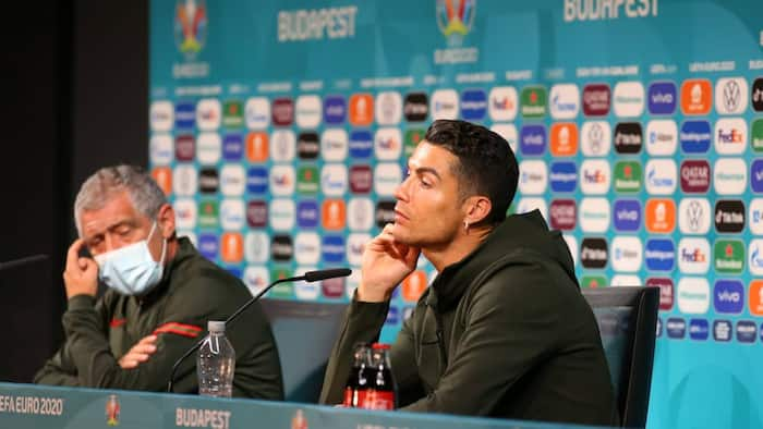 Cristiano Ronaldo rejects Coca-Cola during EURO presser; chooses water instead