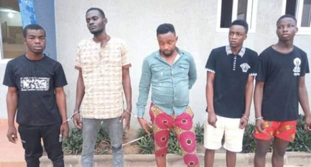 Daylight robbery in Kumasi; armed robbers invade market; steal millions
