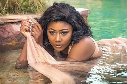 Salma Mumin goes wild on her 30th birthday; drops breathtaking artistic nude photo