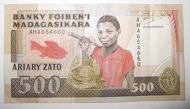 Top 7 countries with the most weakest currencies in Africa 2021