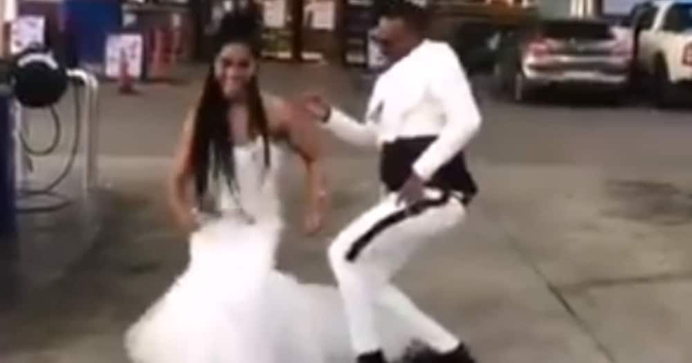 """Couple thrills SA with dance at petrol station: """"A delight to watch"""""""