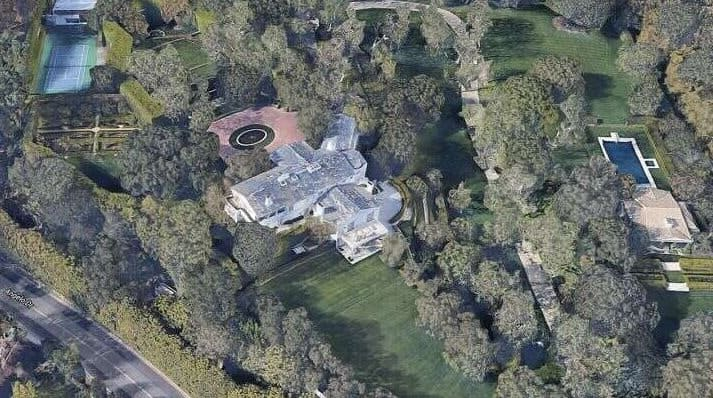 World richest man Jeff Bezos sets new real estate record as he buys Beverly Hills home for N60b