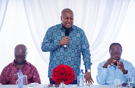 Mahama's special session with former NDC government appointees