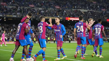 Barcelona end 2-game losing streak after coming from behind to beat Valencia at Camp Nou