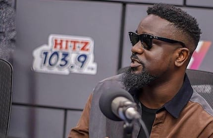Wild video of Sarkodie rapping Jay Dee's 'Alampan' ahead of 2018 Rapperholic Concert pops up