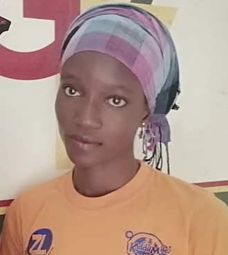 Meet the 2018 2nd best WASSCE student who is now a 'kayoyo'; hopes to become a nurse