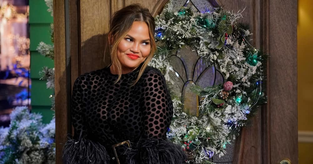 Chrissy Teigen quits Twitter after writing lengthy thread about negativity