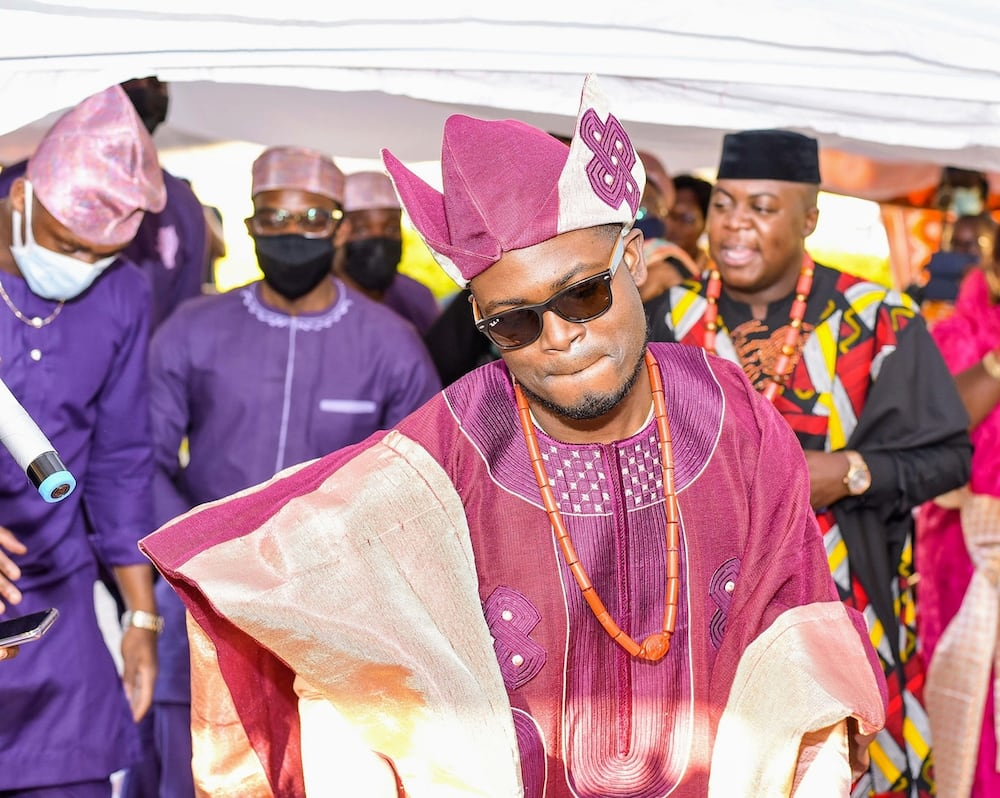 Luo bride, Nigerian hubby stun in beautiful African attire during traditional wedding