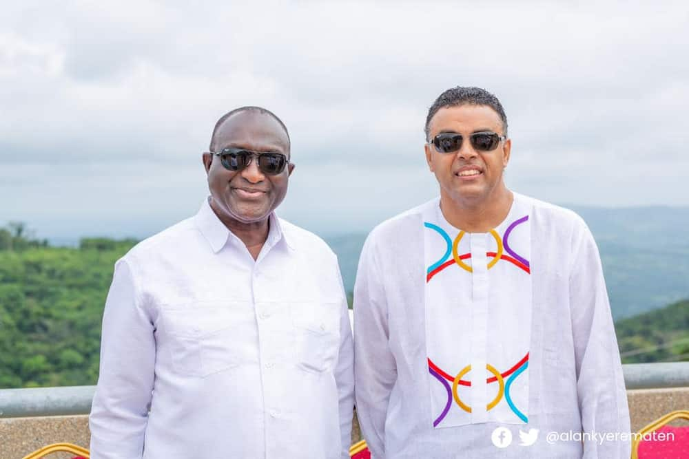 Dag Heward-Mills chills with politicians as brouhaha about unpaid SSNIT continues
