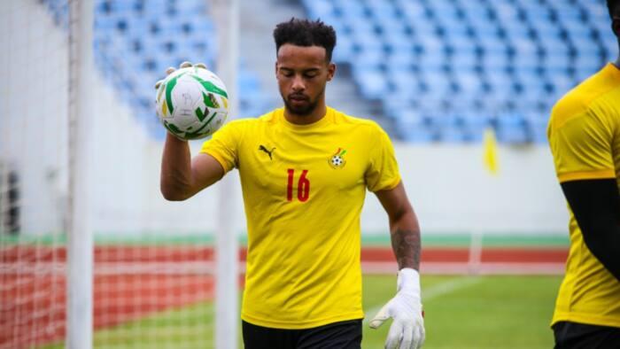 Video drops as new Ghana goalkeeper Jojo Wollacott shows great reflexes at training