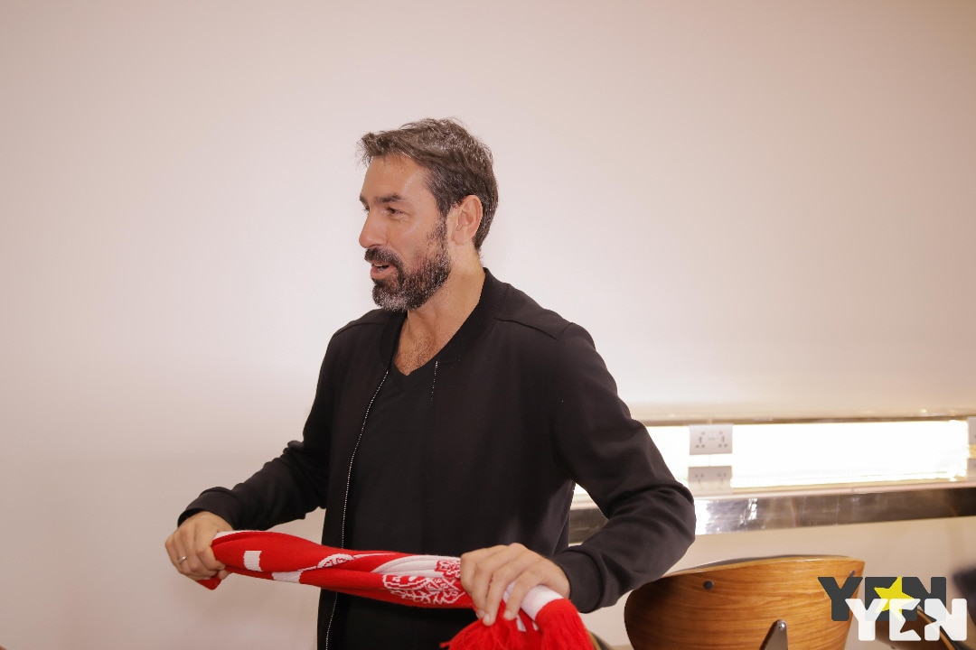 Robert Pires arrives in Ghana to launch Super Fan Campaign (Photos)