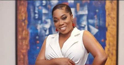 Moesha Boduong catwalks as she shakes her heavy 'tundra' in latest wild video