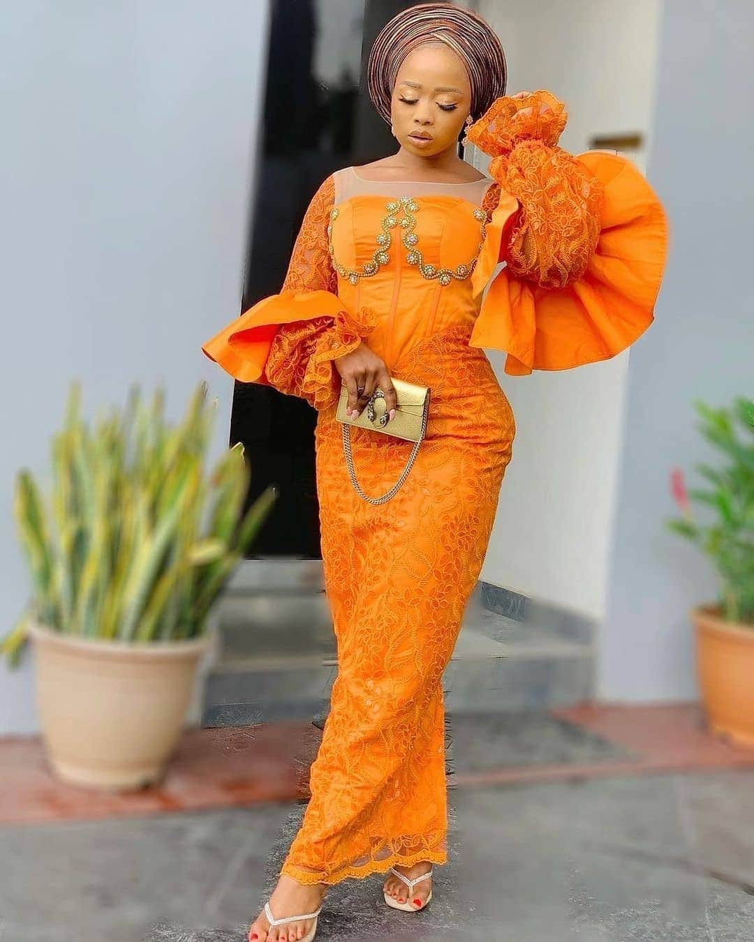 Best Lace Dress Styles For Wedding And Engagements For You In 2021