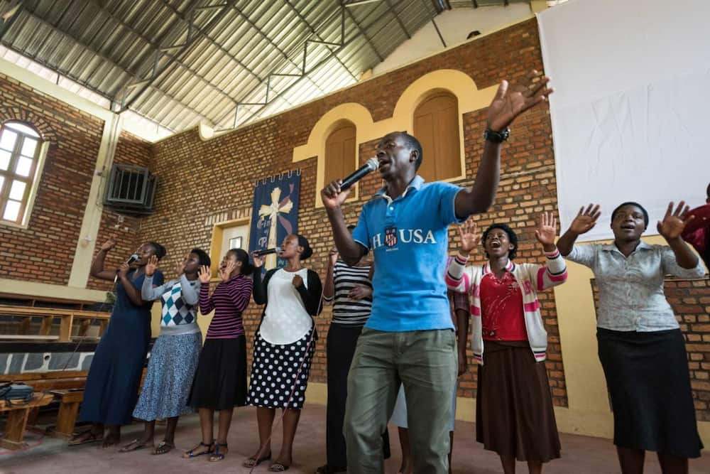 Easter in Covid: Ghana Police bans air conditioners in churches, restricts services to 2 hours