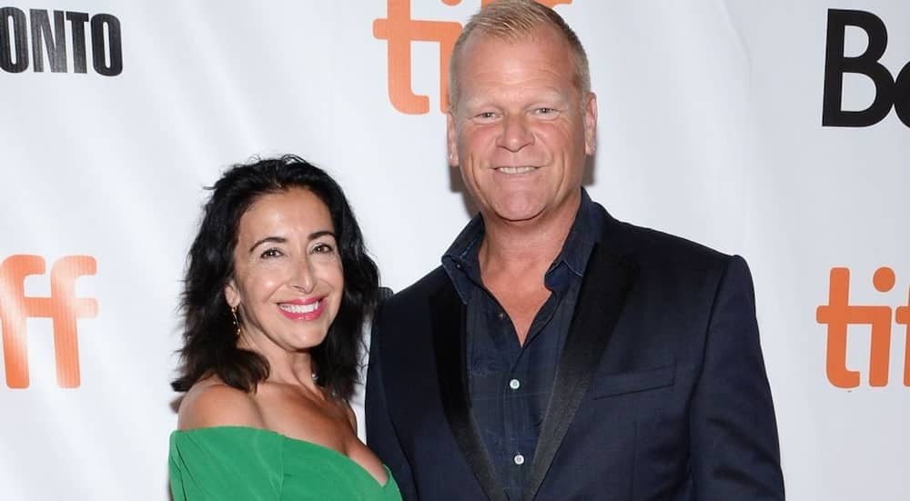 Is Mike Holmes married