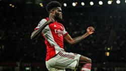 Thomas Partey's first league goal helps Arsenal gun down Aston Villa