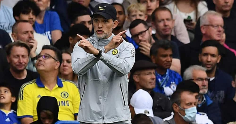 Thomas Tuchel gestures from the side-lines during the English Premier League football match between Chelsea and Manchester City at Stamford Bridge in London on September 25, 2021. (Photo by Ben STANSALL / AFP)