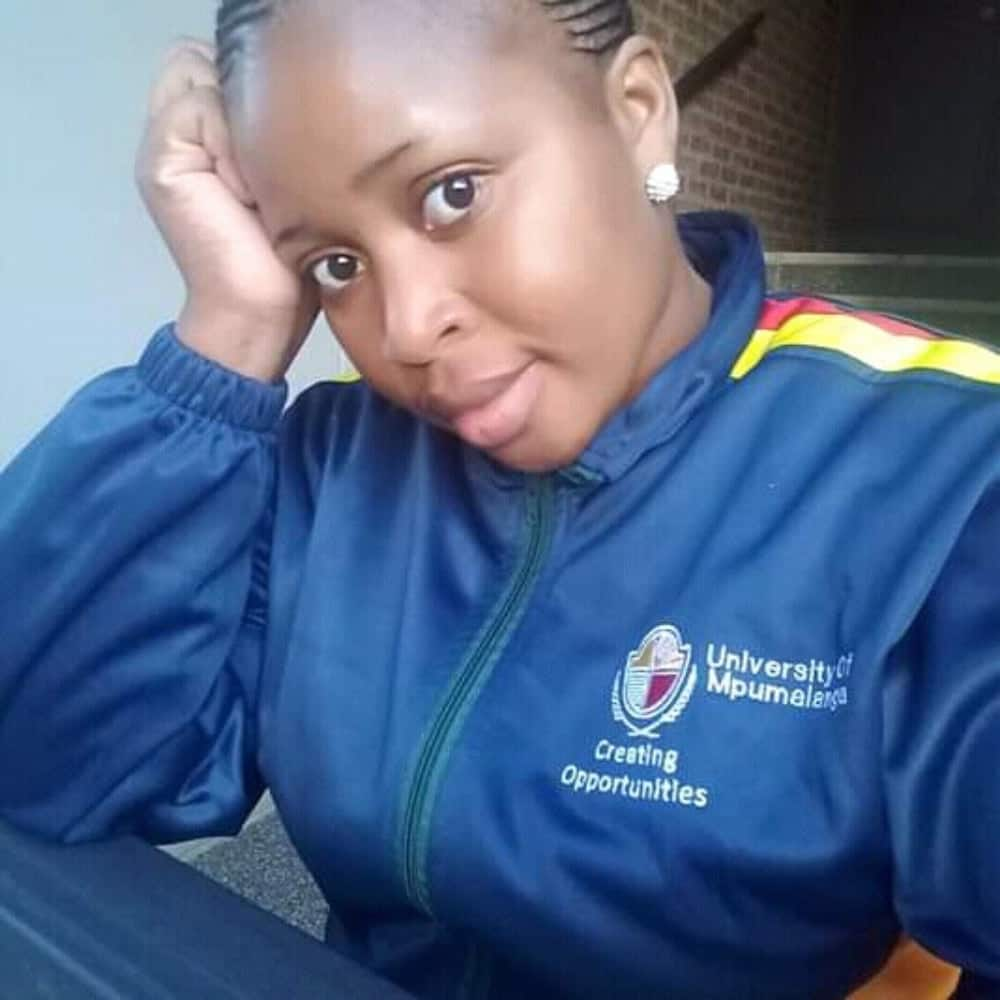 """Teen mother of 2 graduates, inspires SA: """"It is never too late"""""""