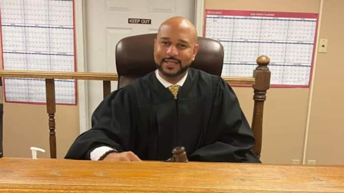 Judge pardons 17-year-old boy charged for speeding, gives him assignment to do as sentence, many react
