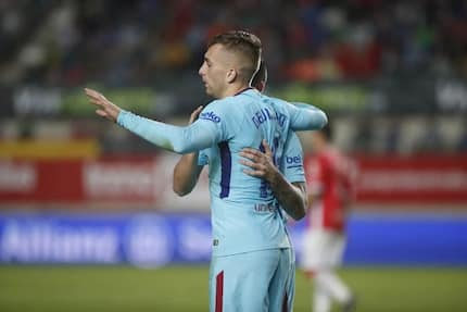 Barcelona start Copa del Rey title defense with emphatic win against Real Murcia