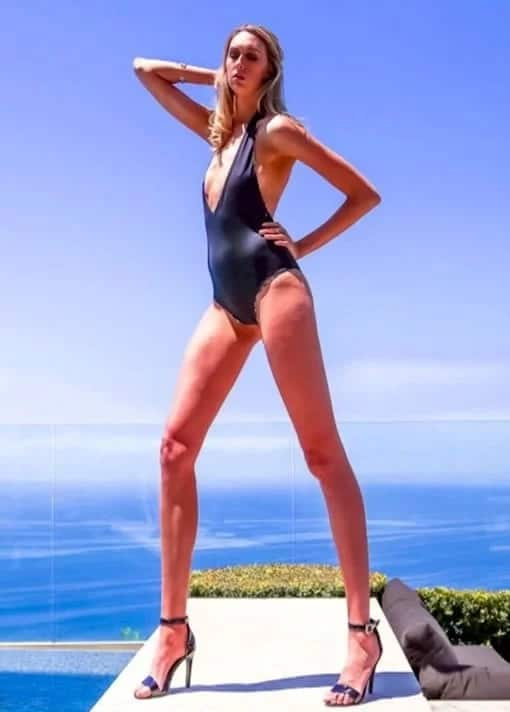 Meet the model with the longest legs in US