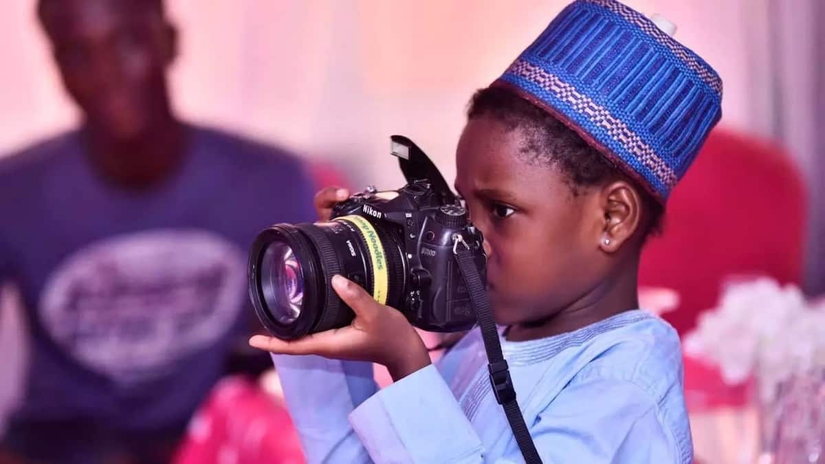 Meet 6-year-old girl who is a professional photographer (photo)