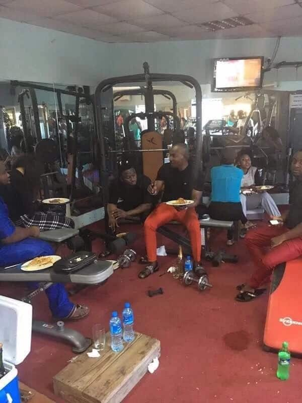 See gym where attendees are reportedly served food after working out